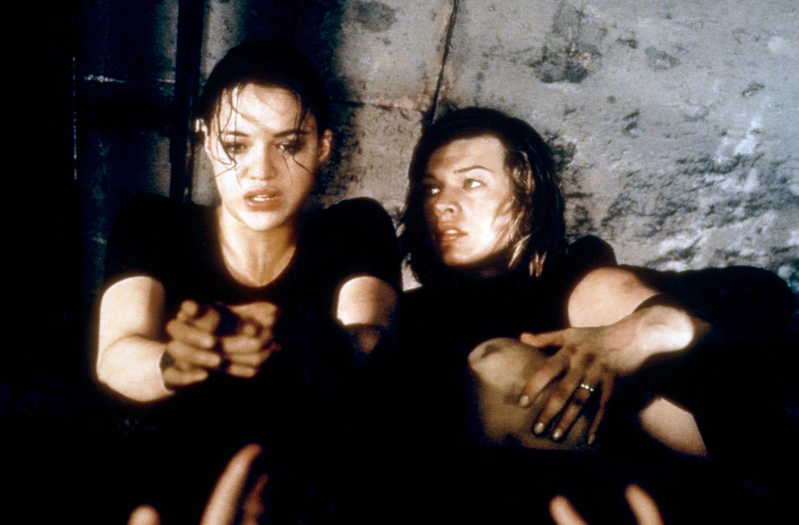 รีวิวเรื่อง Resident Evil (2002)